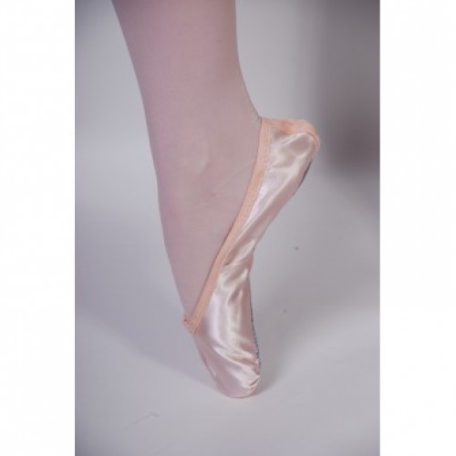Ballet Dance Shoes For A Flawless Performance